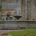 La Fontaine Place de la Cathédrale