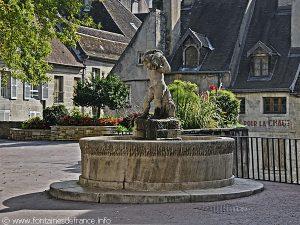 La Fontaine de la Place aux Fleurs