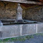 La Fontaine du Lavoir de Villars
