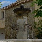 La Fontaine Place de la Chapelle