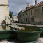 La fontaine Place des Anciennes Casernes