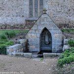 La Fontaine Notre-Dame de l'Isle