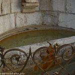 La Fontaine du Balustre d'Or