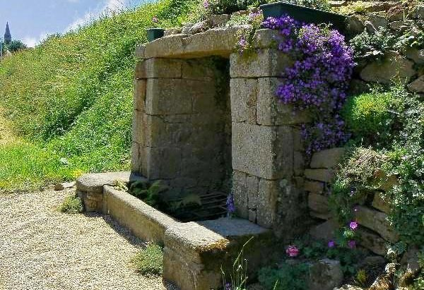 La Fontaine de l'Heurmel ou Fontaine de Gouyon