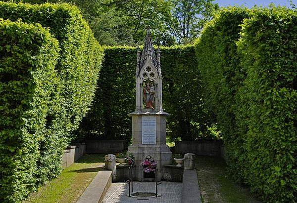 La Source Notre-Dame de Benoîte-Vaux