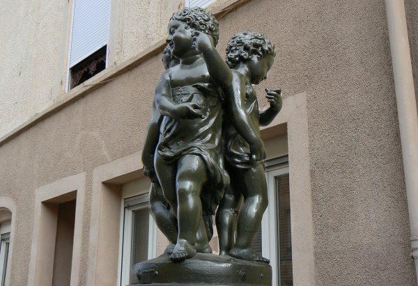 La Fontaine des Trois Coliches