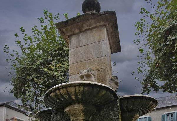 La Fontaine Place de la Marzelle