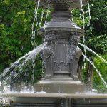 La Fontaine Place Loiseau d'Entraigues
