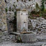 La Fontaine Place du Poids
