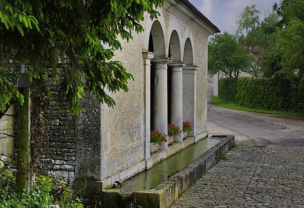 La Fontaine du Mont