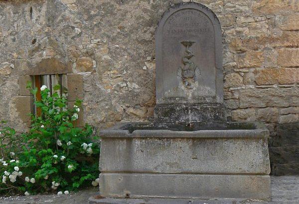 La Fontaine Notre Dame