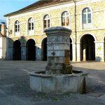 La Fontaine Place F.Saraille
