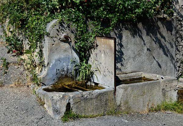 Les Fontaines rue des Granges