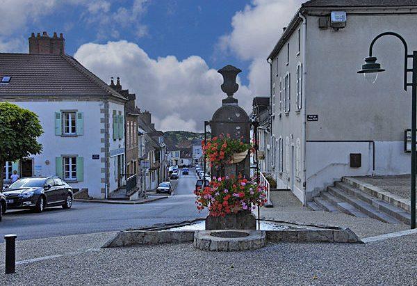 La Fontaine Place du Général Hoch