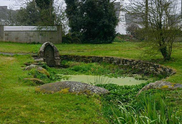 La Fontaine Saint-Ignace ou Saint-Tudy