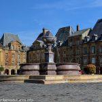 La Fontaine Place Ducal