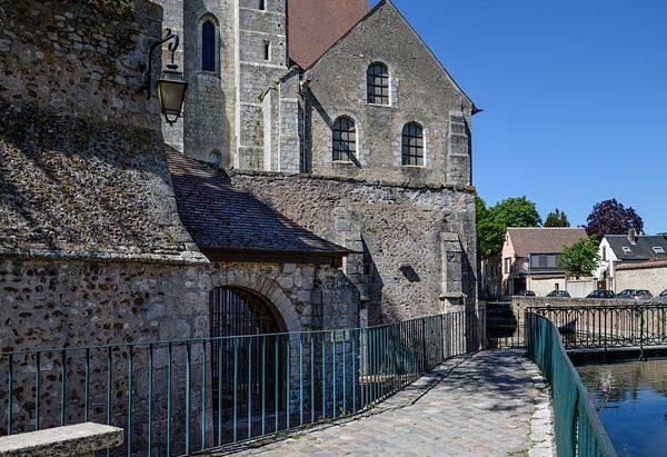 La Fontaine Saint-André ou Saint-Nicolas