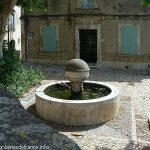 La Fontaine Place de l'Orme