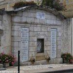 La Fontaine Eugène Raymond