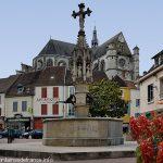 La Fontaine aux Trois Dragons
