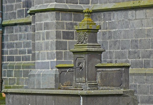La Fontaine Place d'Armes