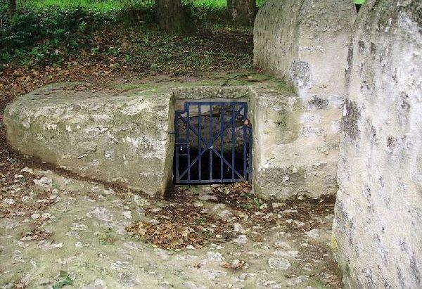 La Fontaine du Lavoir de Saint-Léger