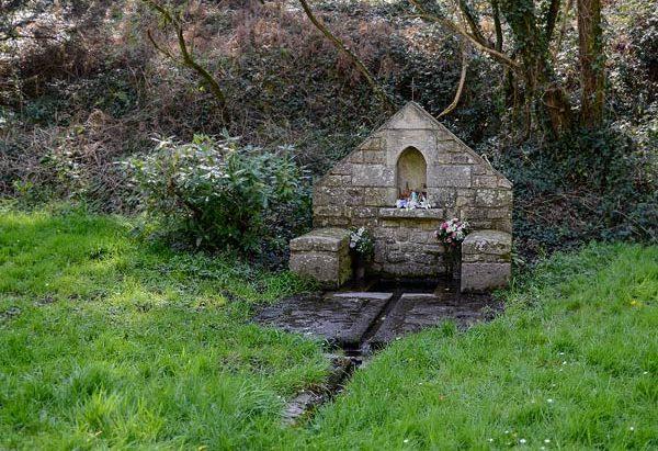 Les Fontaines de la Chapelle Notre-Dame du Bon Secours
