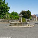 La Fontaine rue de la Louvallière