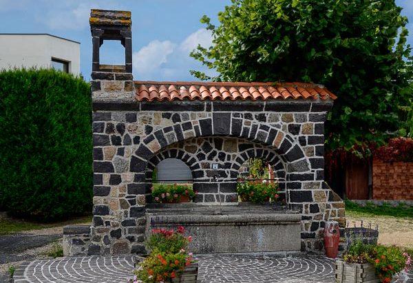 La Fontaine du Village de Theix