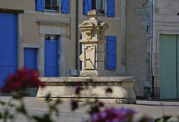 La Fontaine Rue de l'Orme