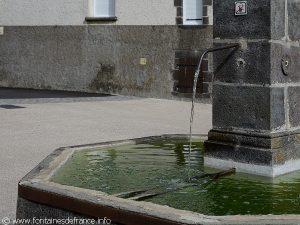 La Fontaine Place de la Fontaine de Fontfreyde