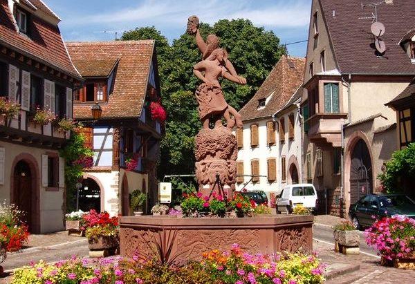 La Fontaine Place du Lieutenant Dutihl