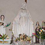 Les statues de l'autel