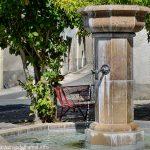 La Fontaine Place du Dr Veaux