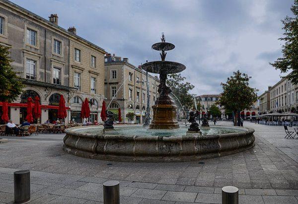 La Fontaine Place Jean Jaurès