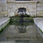La Fontaine St-Pierre et son Lavoir