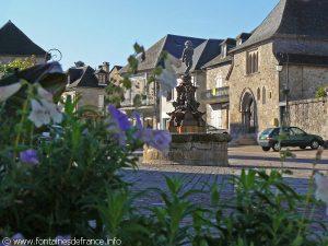 La Fontaine Place du Marcadial