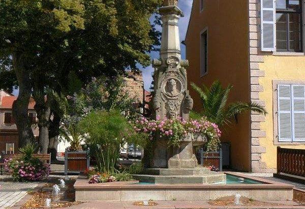 La Fontaine Kerchplatz
