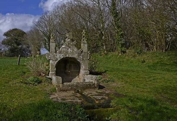 La Fontaine Notre-Dame de Kerdévot