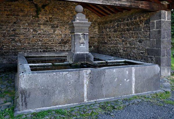 Fontaine du Lavoir de Villars