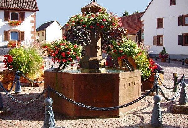 Fontaines rue de la Paix et rue Molsheim