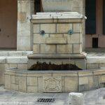 La Fontaine rue de Tourre