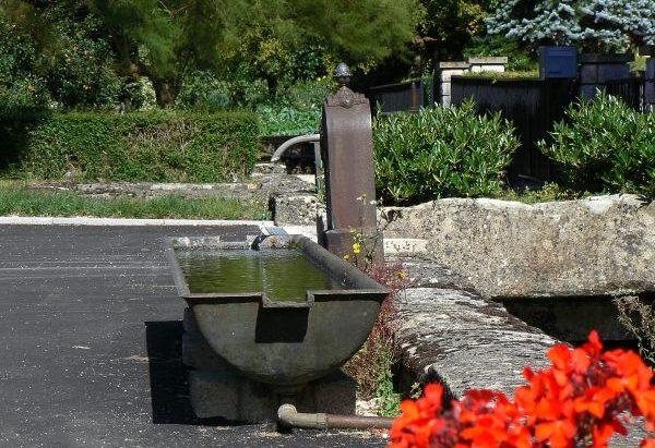 La Fontaine route de Port-sur-Saône