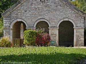 La Fontaine Lavoir rue de Chamilly