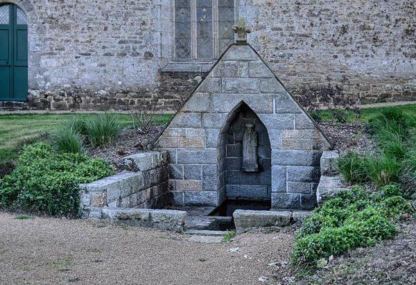 La Fontaine Notre Dame de l'Isle