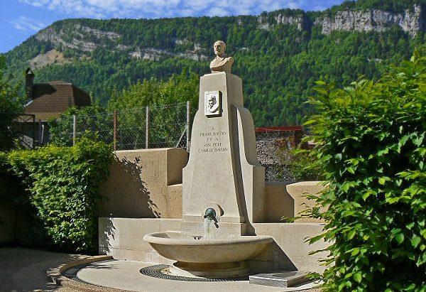 La Fontaine rue Alphonse Baudin