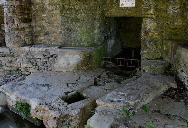 La Source du Lavoir Saint-Grégoire