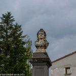 La Fontaine Place de l'Eglise d'Aulhat