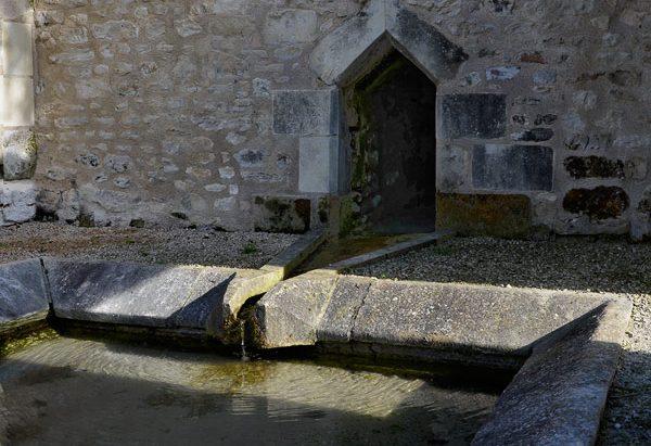 La Fontaine Saint-Martin et le Lavoir