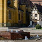 La Fontaine parvis de l'Eglise St-Etienne